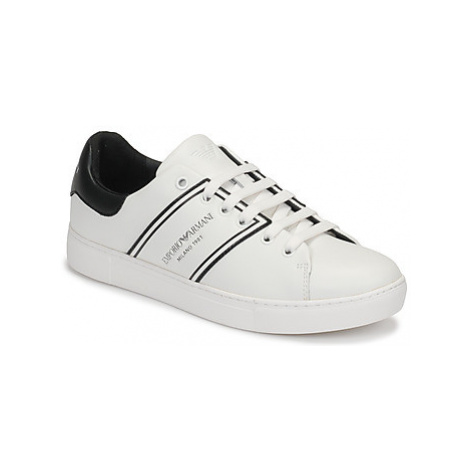 Emporio Armani X3X096-XM090-D613 women's Shoes (Trainers) in White