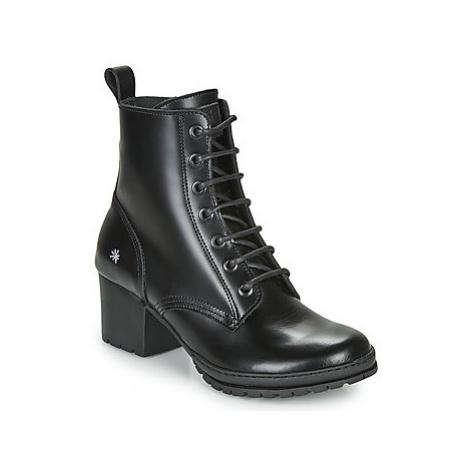 Art CAMDEN women's Low Ankle Boots in Black