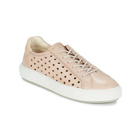 Marc O'Polo ODETTAR women's Shoes (Trainers) in Pink