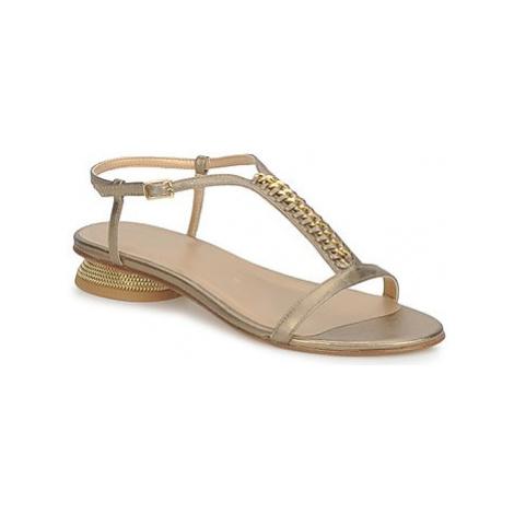 Stuart Weitzman CADENA women's Sandals in Beige