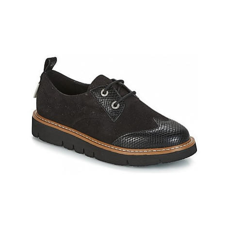 Armistice FOX DERBY women's Casual Shoes in Black