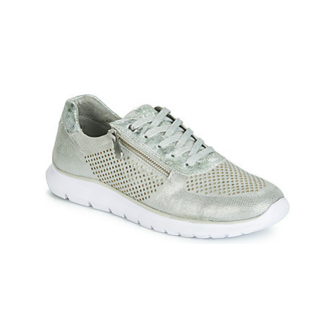 Marco Tozzi TOUPISTE women's Shoes (Trainers) in Grey