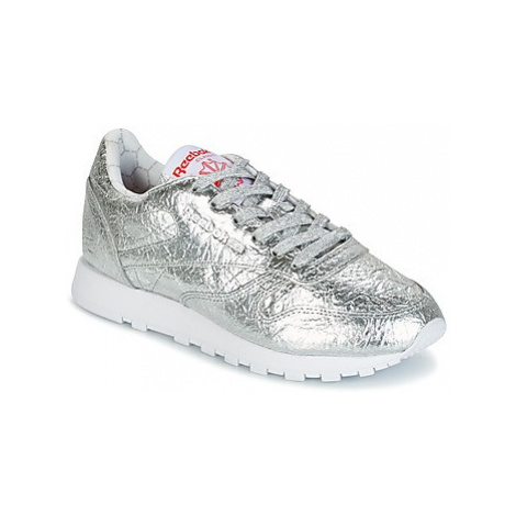Reebok Classic CL LTHR HD women's Shoes (Trainers) in Silver