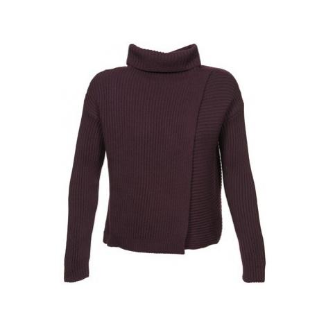 Joseph CHUNKY women's Sweater in Red
