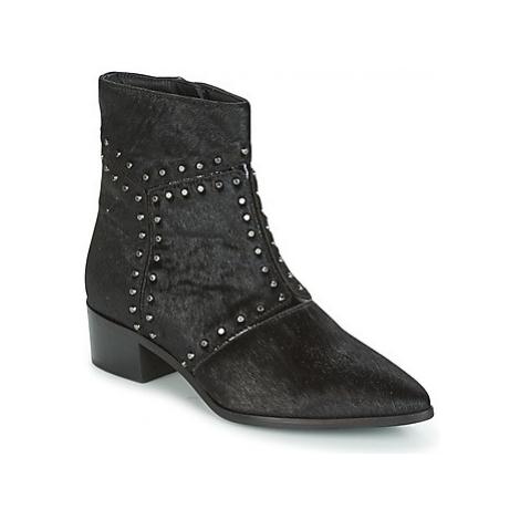 Maruti FELIN women's Low Ankle Boots in Black