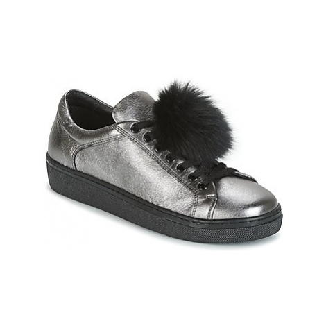 Tosca Blu CERVINIA POM PON women's Shoes (Trainers) in Silver