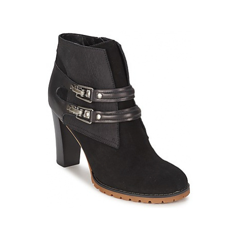 See by Chloé SB23116 women's Low Ankle Boots in Black