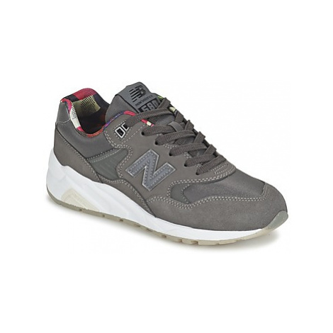 New Balance WRT580 women's Shoes (Trainers) in Grey