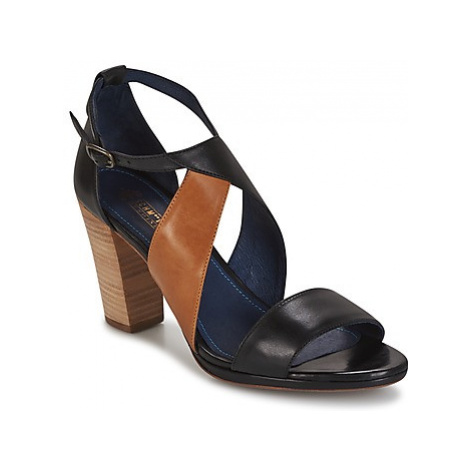 Schmoove PICTURE BOOTS women's Sandals in Black