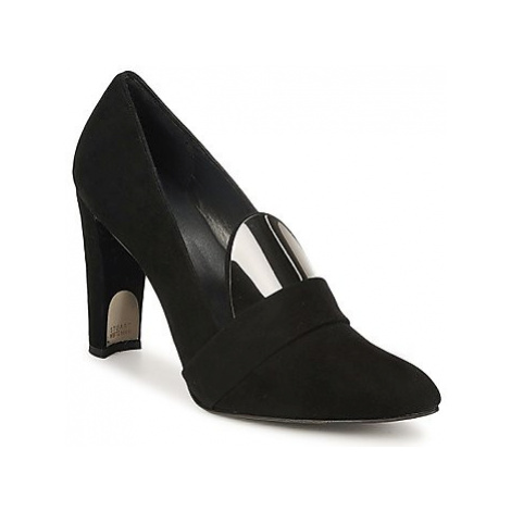 Stuart Weitzman UPFRONT women's Court Shoes in Black