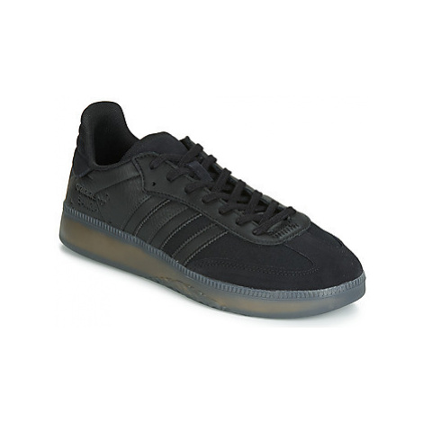 Adidas SAMBA RM men's Shoes (Trainers) in Black