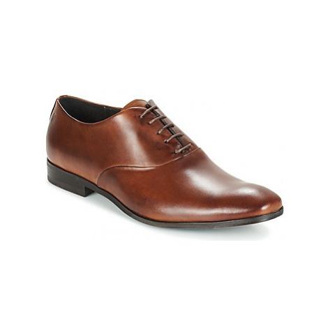Carlington GACO men's Smart / Formal Shoes in Brown