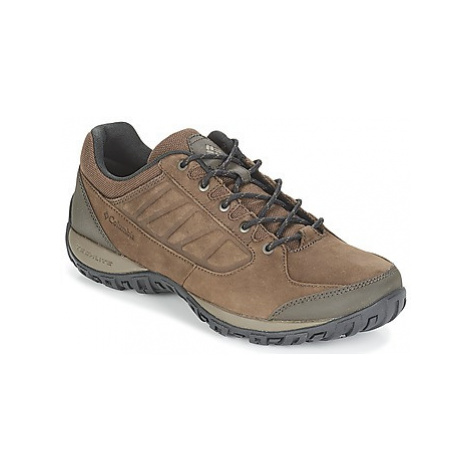 Columbia RUCKEL RIDGE™ PLUS men's Sports Trainers (Shoes) in Brown