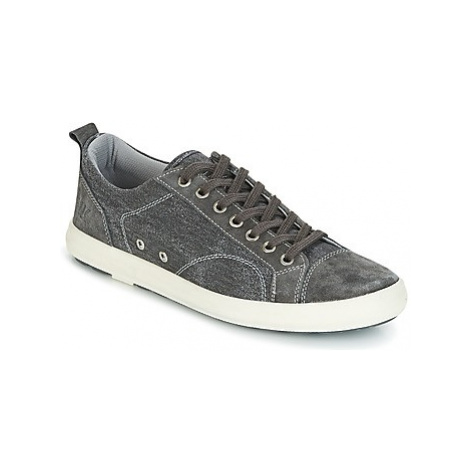 Lumberjack WOLF men's Shoes (Trainers) in Grey