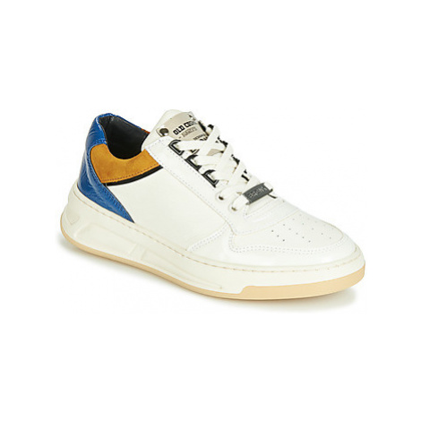 Bronx OLD COSMO women's Shoes (Trainers) in White