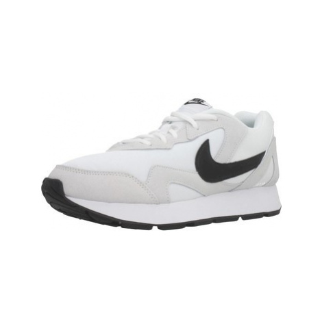 Nike DELFINE men's Shoes (Trainers) in White