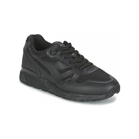 Diadora N9000 MM II men's Shoes (Trainers) in Black