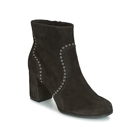 Tamaris SOIB women's Low Ankle Boots in Black
