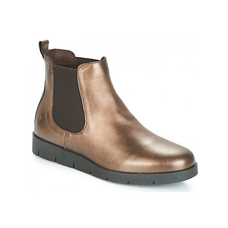 Betty London JASNA women's Mid Boots in Gold