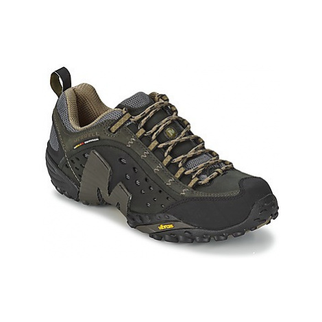Merrell INTERCEPT men's Walking Boots in Black
