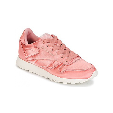 Reebok Classic CLASSIC LEATHER SATIN women's Shoes (Trainers) in Pink