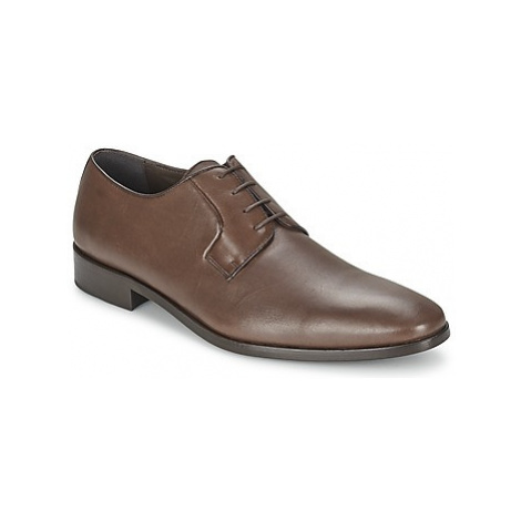 So Size HOLMES men's Casual Shoes in Brown