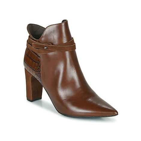 Perlato 11335-JAMAICA-CROCO-CAM-COGNAC women's Low Ankle Boots in Brown