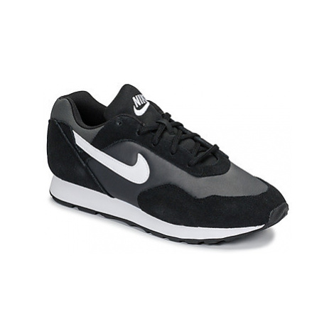 Nike OUTBURST W women's Shoes (Trainers) in Black