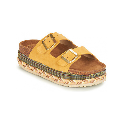 Xti 49052 women's Mules / Casual Shoes in Yellow