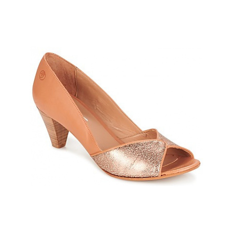Betty London ESQUIBE women's Court Shoes in Beige