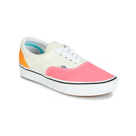 Vans COMFYCUSH ERA women's Shoes (Trainers) in White