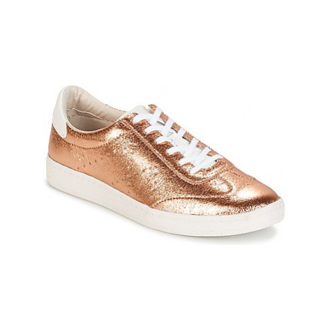 Tamaris DOIRO women's Shoes (Trainers) in Gold
