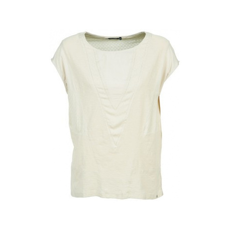 Volcom GET IN LINE women's T shirt in White