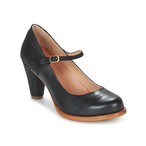 Neosens BEBA women's Court Shoes in Black