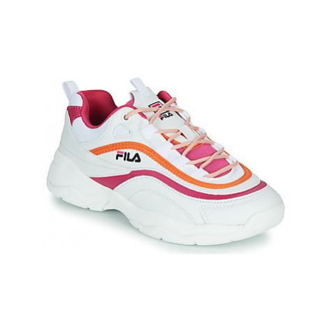 Fila RAY CB LOW WMN women's Shoes (Trainers) in White