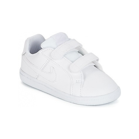 Nike COURT ROYALE TODDLER girls's Children's Shoes (Trainers) in White