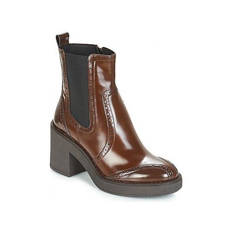Geox D ADRYA MID women's Low Ankle Boots in Brown