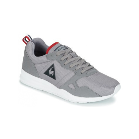Le Coq Sportif LCS R600 MESH women's Shoes (Trainers) in Grey