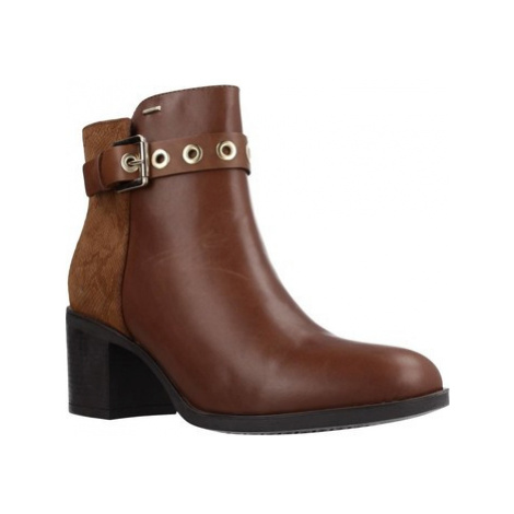 Geox D GLYNNA NP ABX women's Low Ankle Boots in Brown