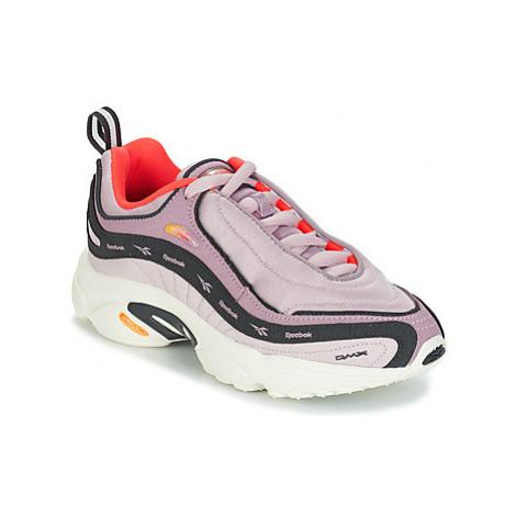 Reebok Classic DAYTONA DMX MU women's Shoes (Trainers) in Pink