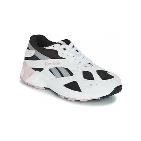 Reebok Classic AZTREK women's Shoes (Trainers) in White