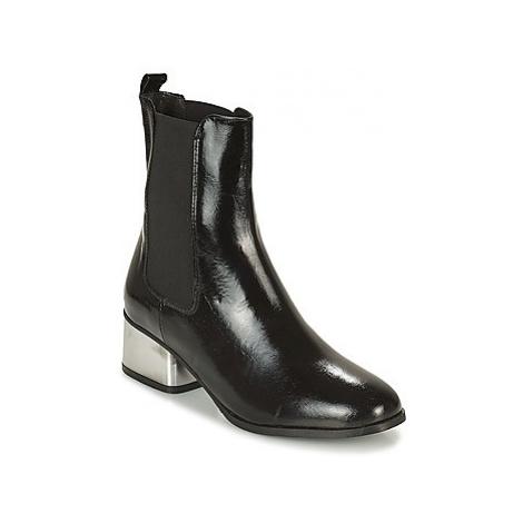 Lola Espeleta REGAL women's Low Ankle Boots in Black