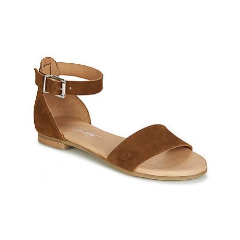 Betty London JIKOTIRE women's Sandals in Brown
