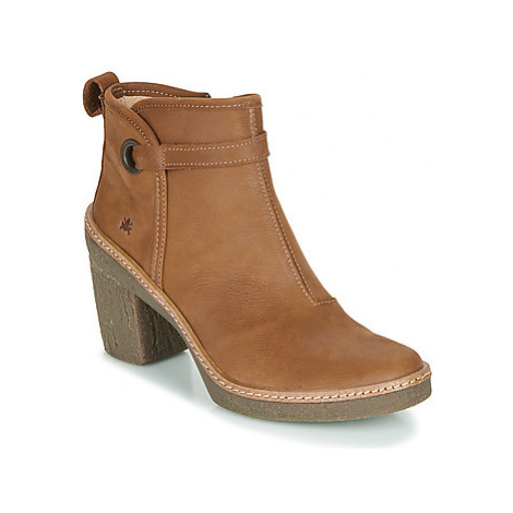El Naturalista HAYA women's Low Ankle Boots in Brown