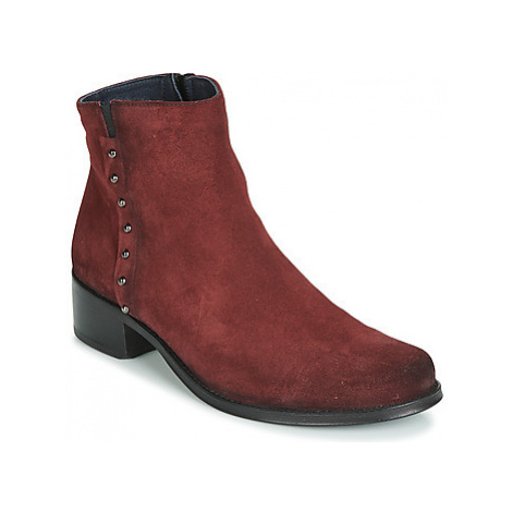 Dorking OPERA women's Low Ankle Boots in Red