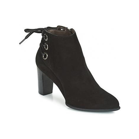 Perlato OERAD women's Low Ankle Boots in Black