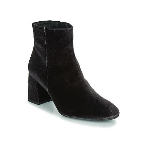 Fericelli LENITA women's Low Ankle Boots in Black