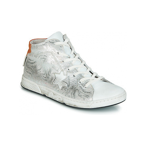 Pataugas JOLDY women's Shoes (High-top Trainers) in Silver