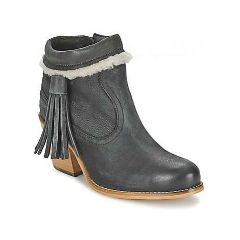 Superdry TASSLE women's Low Ankle Boots in Black
