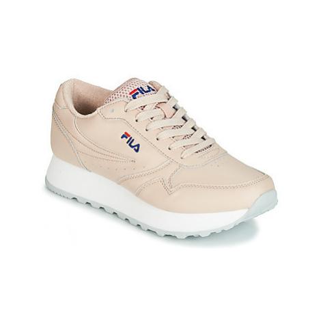 Fila ORBIT ZEPPA L WMN women's Shoes (Trainers) in Pink